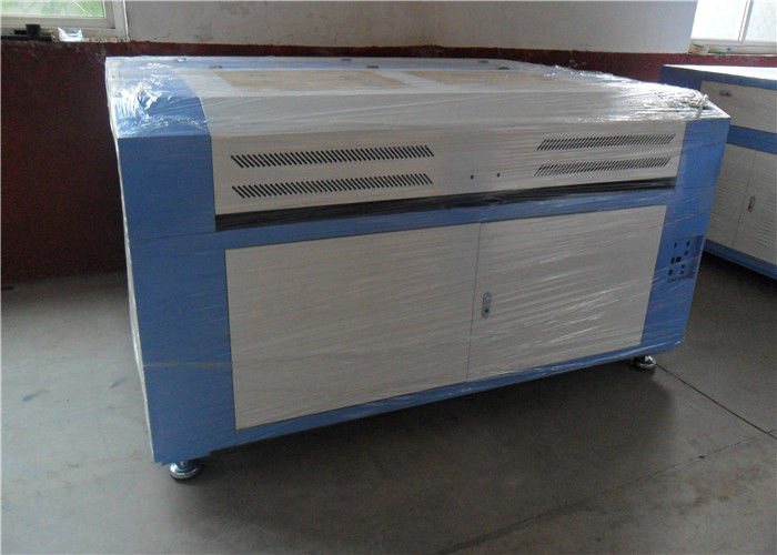 Acrylic Fabric Wood Leather CO2 Laser Engraving Machine With Water Cooling